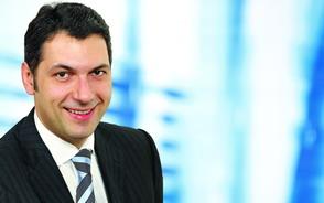 Online fogadóórát tartott Lázár János a fidesz.hu fórumán kedden, 13órától 15 óráig.